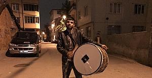 Bursa'da davulcular sahurda iş başı yaptı