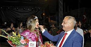 'Çilek Güzeli' İzmir'den