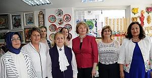 Erdemli'de açılan kurslarda 10 bin eser sergiye çıktı