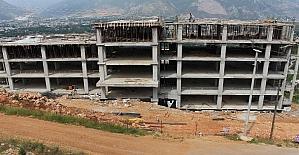 Finike Çocuk ve Gençlik Evi inşaatı yükseliyor