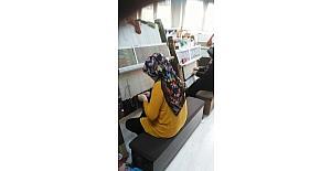 İZMEK'te ipek halı dokumacılığı kursu