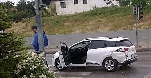 Kaygan yol kazaya neden oldu