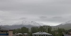 Mayıs ayında kar yağışı