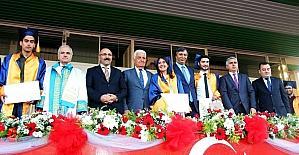 MSKÜ'de mezuniyet coşkusu