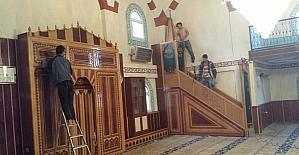 Niksar'da camilerde Ramazan ayı temizliği