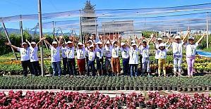 Osmaniye'de 'Lider Çocuk Tarım Kampı' tamamlandı