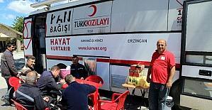 Özel İdare çalışanlarından kan bağışı