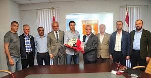 Samsunspor, Özköylü ile yollarını ayırdı