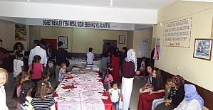 Silopi'de kız kursiyerlerin sergisi ilgi gördü