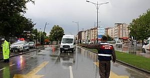 Sivas'ta polis ve jandarmadan ortak trafik uygulaması
