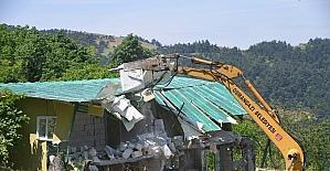 Uludağ kaçak yapılardan temizleniyor