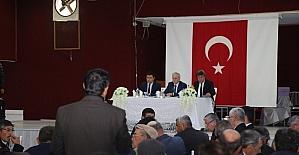 Vali Kamçı Pınarbaşı'nda Muhtarlarla Buluştu