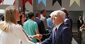Anadolu Üniversitesi ailesinin bayramlaşma heyecanı