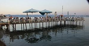 Balıkesir sahillerinde bayram yoğunluğu yaşanıyor