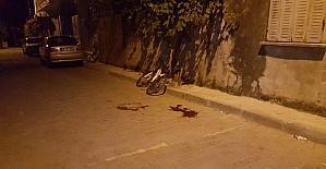 Bisikletiyle kamyonun altında kaldı