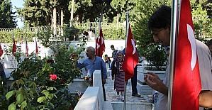 Hatay'da mezarlıklar doldu taştı