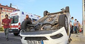 İki otomobilin çarpıştı: 1 yaralı