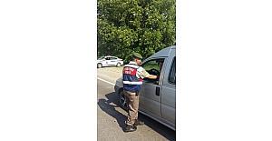 Jandarma trafik ekiplerinden emniyet kemeri uygulaması