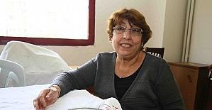 Kanser oldu, evladını kaybetti ama mücadeleyi bırakmadı
