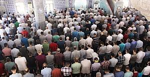 Mardin'de Ramazan'ın son Cuma namazı eda edildi