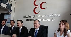 MHP'li Akçay Kılıçdaroğlu'nun 'Bozkurt' işaretini yorumladı
