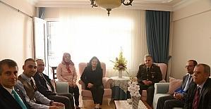 Muğla'ya atanan kadın Vali, şehit yakınları ve gazi ailelerini unutmadı