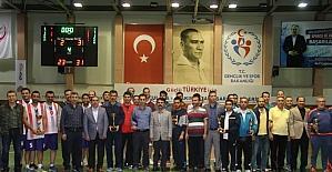 Nevşehir'de Veteranlar Basketbol Turnuvası sona erdi