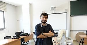 (Özel Haber) Üniversite öğrencisi robot kol yaptı
