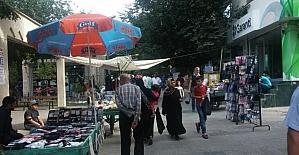 Siirt'te bayram alışverişi esnafın yüzünü güldürdü