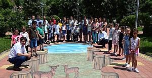 Türk ressamdan Bulgaristan'da ikinci üç boyutlu resim
