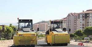Yeni TOKİ bölgesinde sıcak asfalt çalışmaları devam ediyor