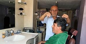 55 yıllık berber dükkanın yıkılmasıyla mesleği bırakacak