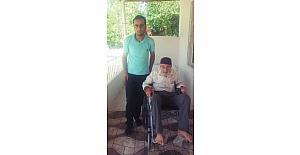 93 yaşındaki Aydın'a tekerlekli sandalye hediye edildi