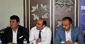 Ak Partili belediyeler vaatleri değerlendirmek için toplandı