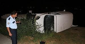 Aracıyla takla atan sürücü, olay yerinden kaçtı