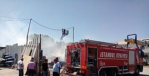 Ataşehir'de atık kağıt deposunda korkutan yangın