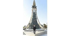 Başkan Yılmaz, 15 Temmuz Şehitler Anıtı'nı ziyaret etti