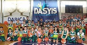 Darıca Yaz Spor Okulları eğitimlerini sürdürüyor