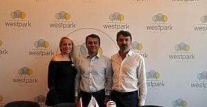 Ege'nin en büyük outleti İzmir'de açılıyor