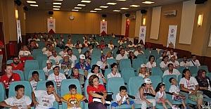 Hemofilili çocuklar kampta moral depoladı