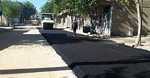 İstiklal caddesinde asfalt serimine başlandı