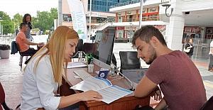 İzmit Belediyesi öğrencilere danışmanlık hizmeti veriyor