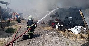 Malatya'da Hurdacılar Sitesinde çıkan yangında maddi hasar meydana geldi