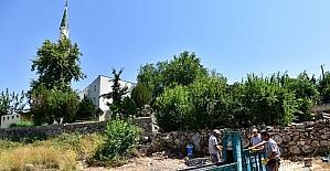Muratpaşa'dan camilerde bakım ve onarım