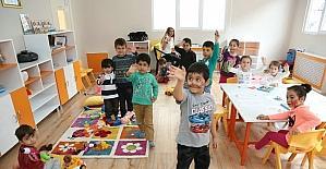 Nar Tanem Oyunevi çocuklara ve annelere hizmet etmeye devam ediyor