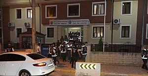 Sakarya'da 200 polisle 'Huzur' operasyonu gerçekleşti
