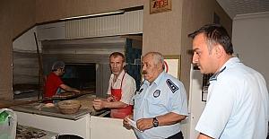 Suluova'da zabıtadan yiyecek sektörüne denetim