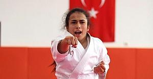 Türkiye'nin madalya umudu Sena'nın azmi sınır tanımıyor