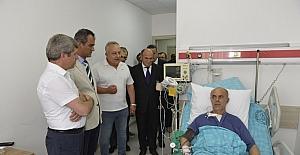 Vali Çınar, İbn-i Sina kampüsünü gezdi