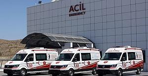 153 Acil Çağrı Merkezi Kıbrıs'ta tam donanımlı on iki ambulansıyla hizmet veriyor